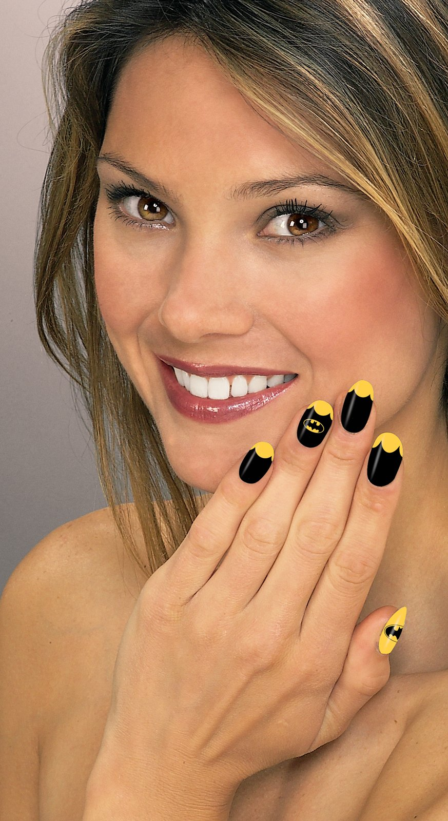 DC Superheroes Batgirl Nail Art Kit