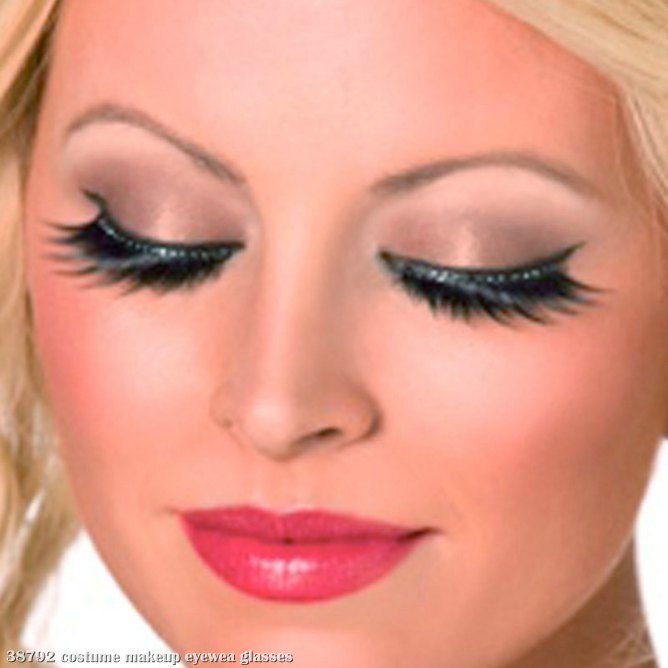 Eyelashes with Black Crystals