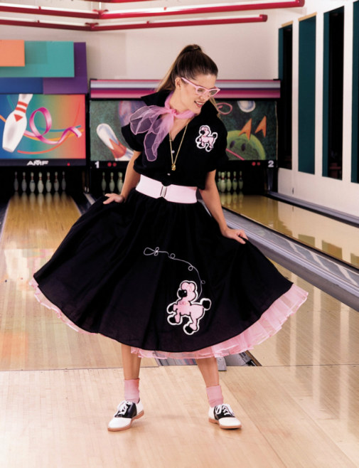 Complete Poodle Skirt Outfit (Black & Pink) Adult Costume