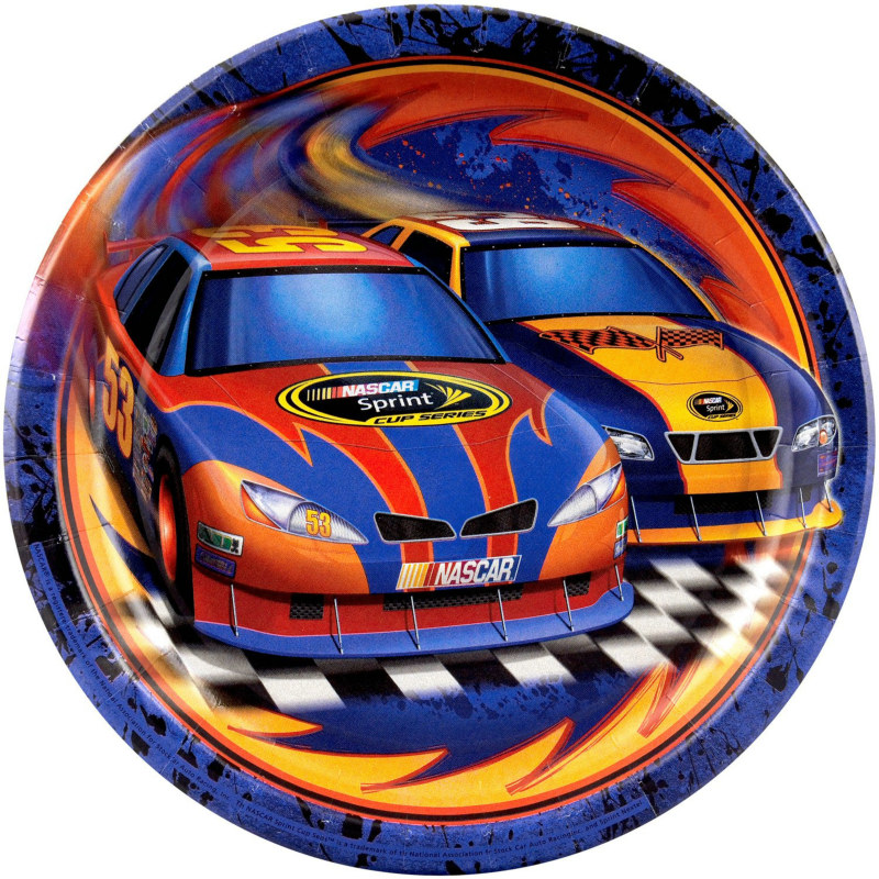 NASCAR Full Throttle Dinner Plates (8 count)